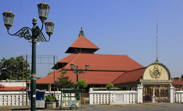 8 Masjid di Jogja yang Membuat Anda Rindu Menggebu