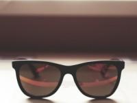 Kacamata hadiah wisuda