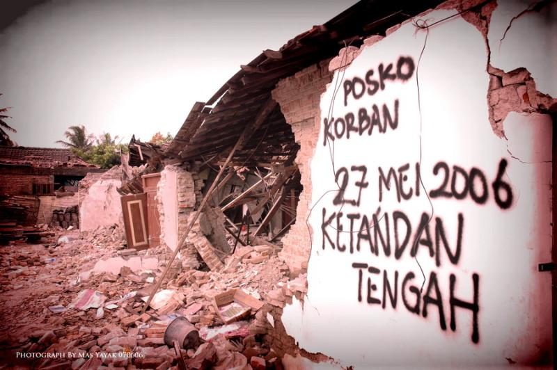 kliping bencana alam masyayak.deviantart.com