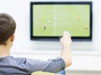 tv dan kemudahan teknologi