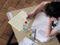 kerja-sampingan-part-time-mahasiswa-editing-dan-proofreading