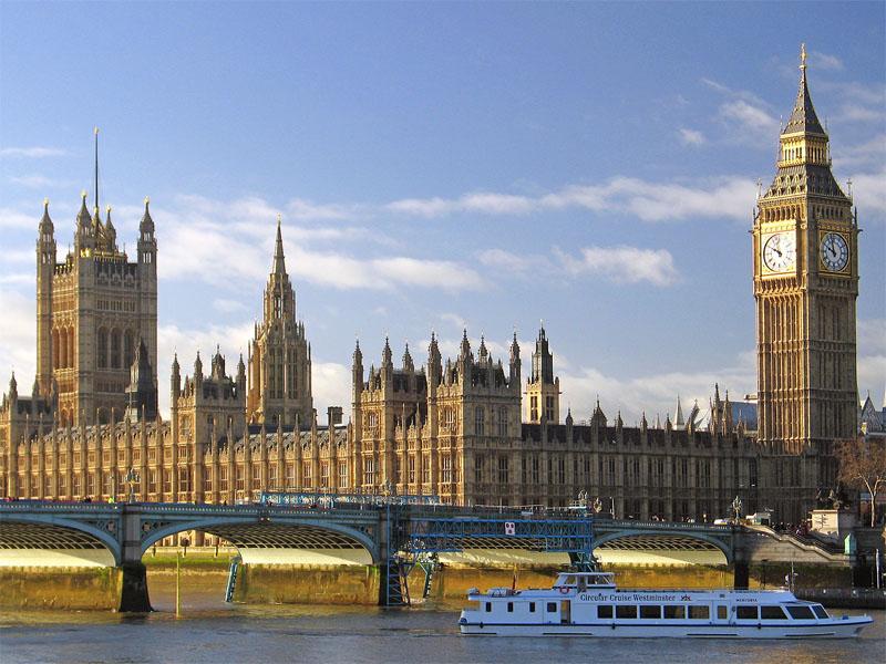 10 universitas terbaik di Inggris