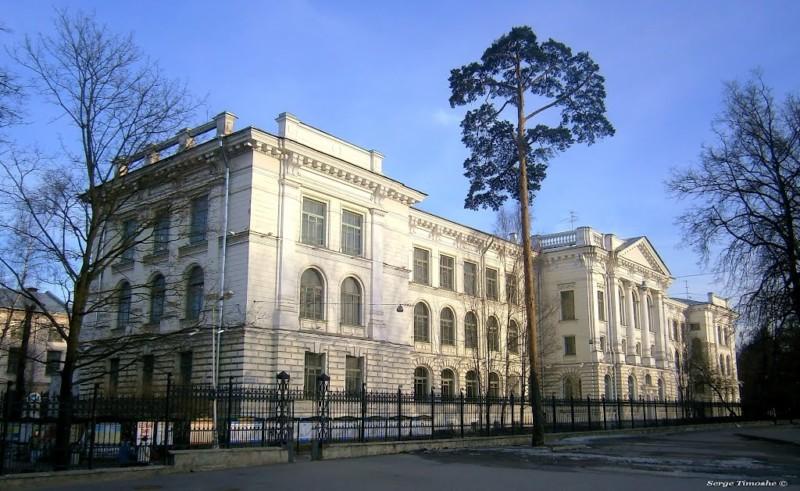 universitas di rusia Peterburg Polytechnic University