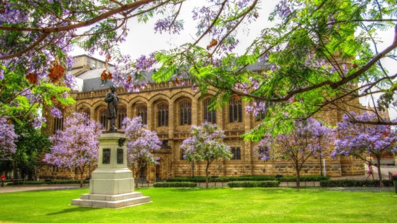 Universitas Terbaik di Australia University of Adelaide