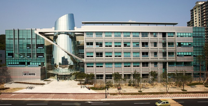 Universitas terbaik di Korea Selatan 7. Pohang University of Science and Technology POSTECH Pohang Gonggwa Daehakgyo