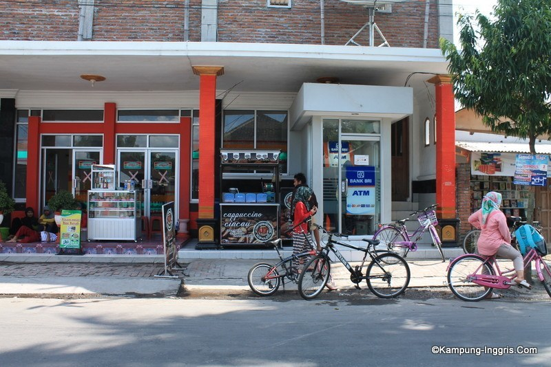 Bank ATM BRI di Kampung Inggris Pare