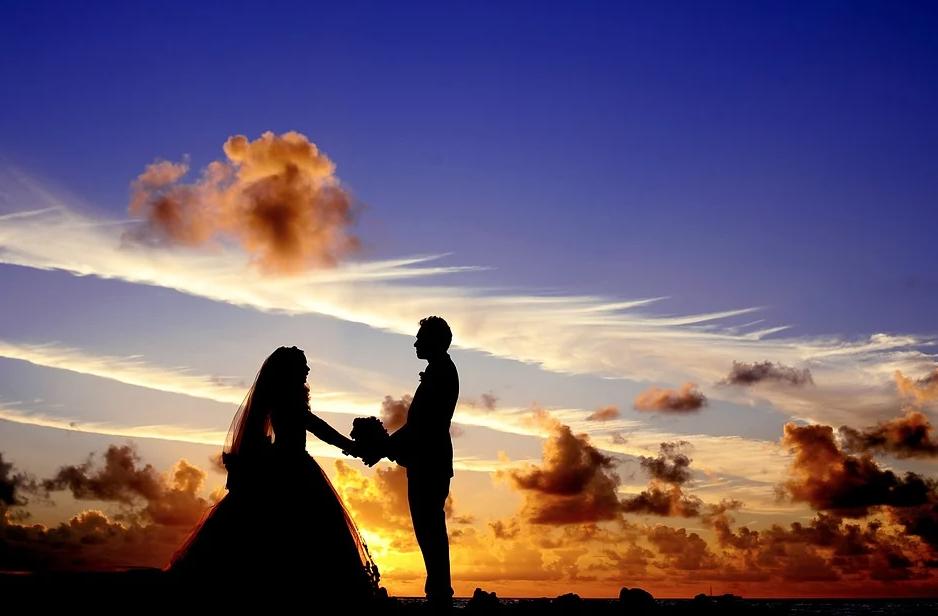 Cincin Pernikahan di Jari Mana